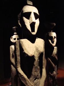Mapuche_sculptures_in_Museum_of_PreColumbian_Art_Santiago3