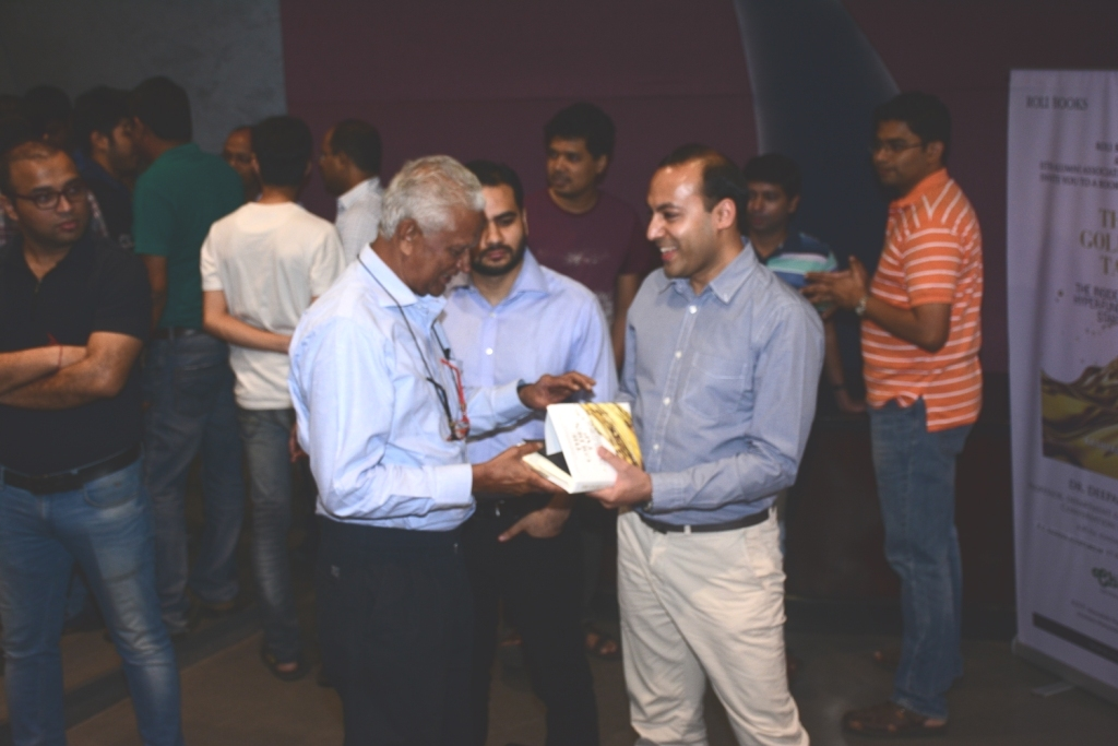 at-a-book-reading-session-hosted-by-iitbaa-mumbai-chapter